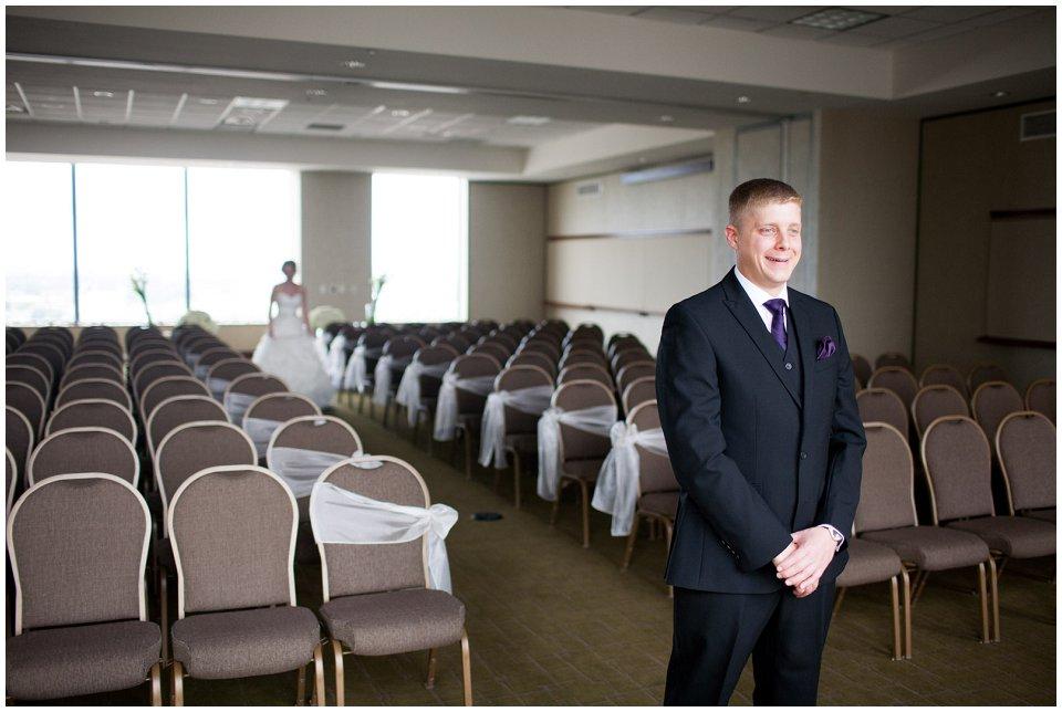 Omaha_Wedding_Doubletree_RobertJeanette02.jpg