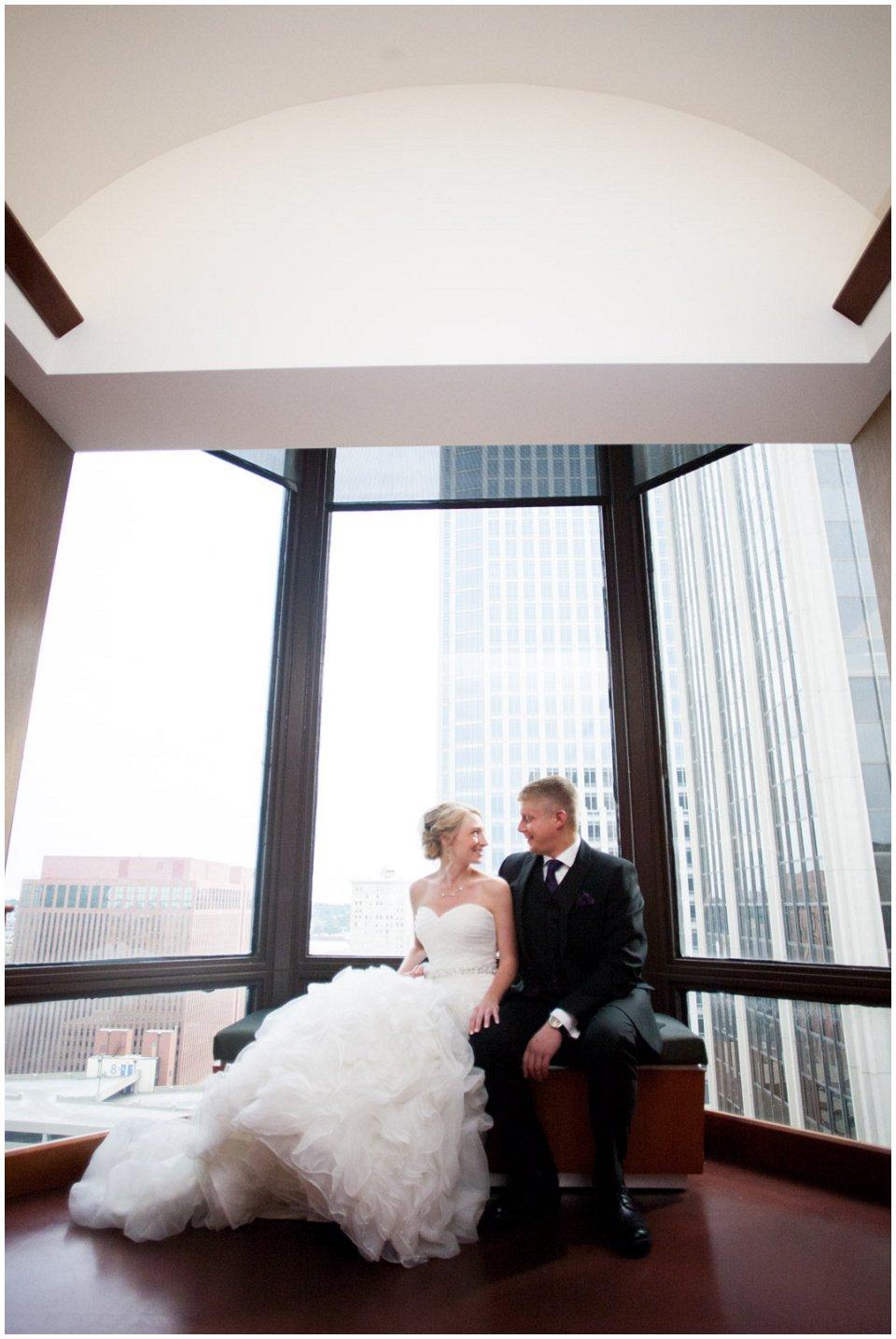 Omaha_Wedding_Doubletree_RobertJeanette05.jpg