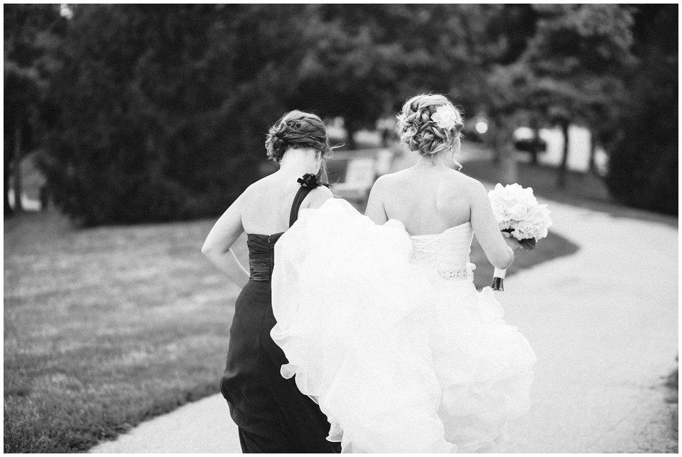 Omaha_Wedding_Doubletree_RobertJeanette11.jpg