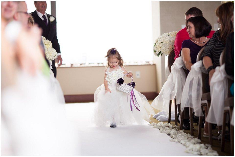 Omaha_Wedding_Doubletree_RobertJeanette15.jpg