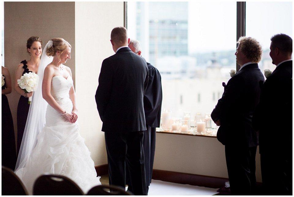 Omaha_Wedding_Doubletree_RobertJeanette21.jpg