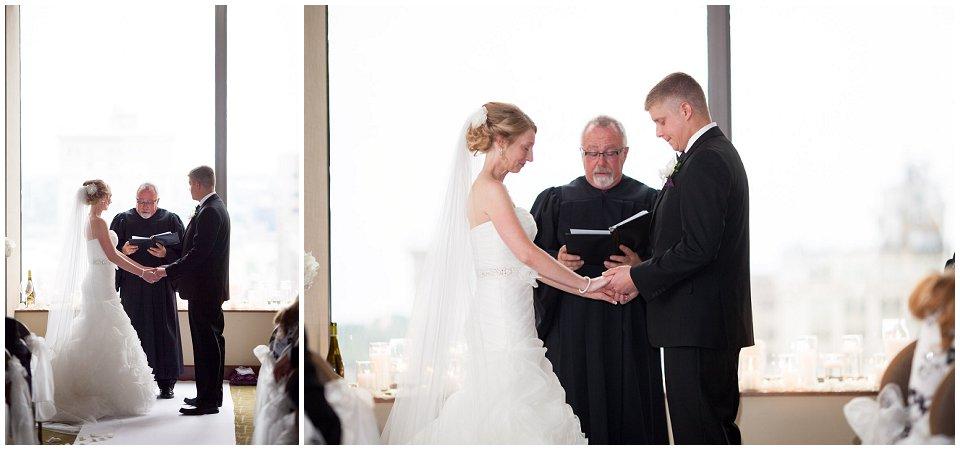 Omaha_Wedding_Doubletree_RobertJeanette22.jpg