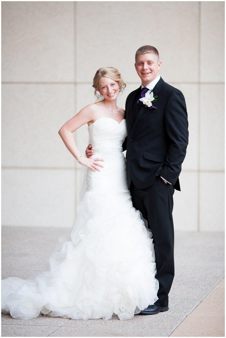 Omaha_Wedding_Doubletree_RobertJeanette25.jpg