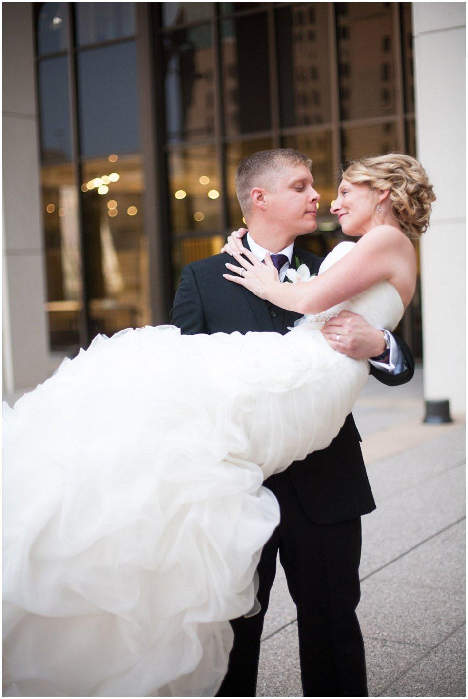 Omaha_Wedding_Doubletree_RobertJeanette31.jpg