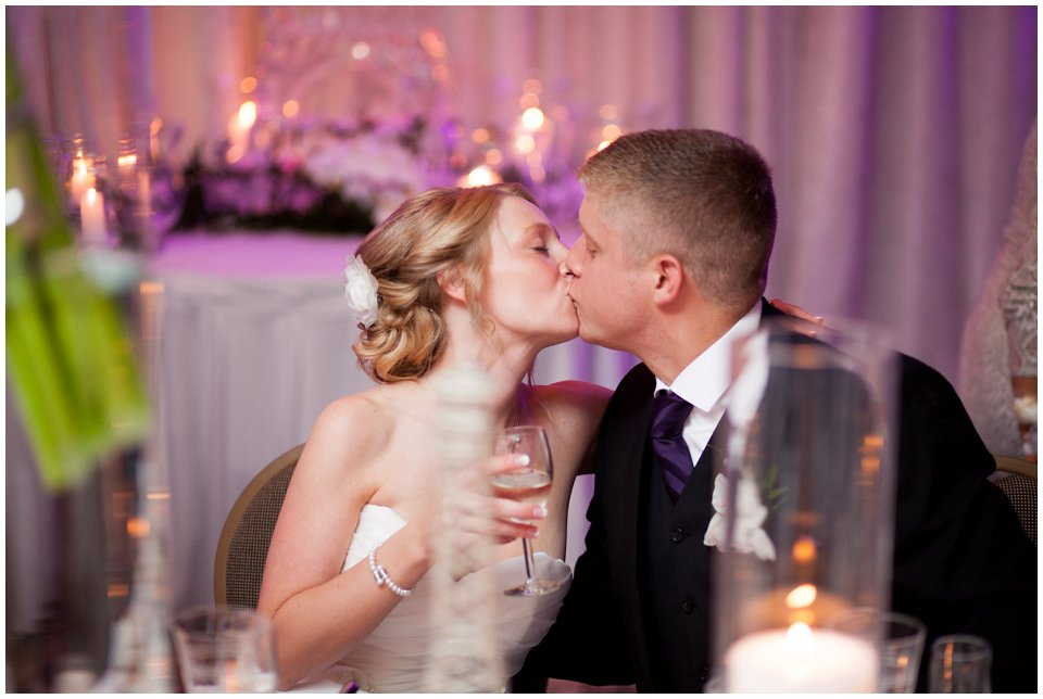 Omaha_Wedding_Doubletree_RobertJeanette40.jpg