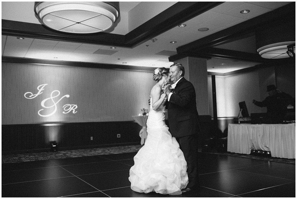 Omaha_Wedding_Doubletree_RobertJeanette54.jpg