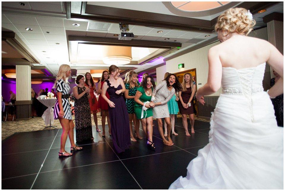 Omaha_Wedding_Doubletree_RobertJeanette58.jpg
