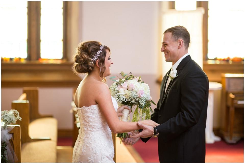 MackenzieJordan-Wedding-015.jpg