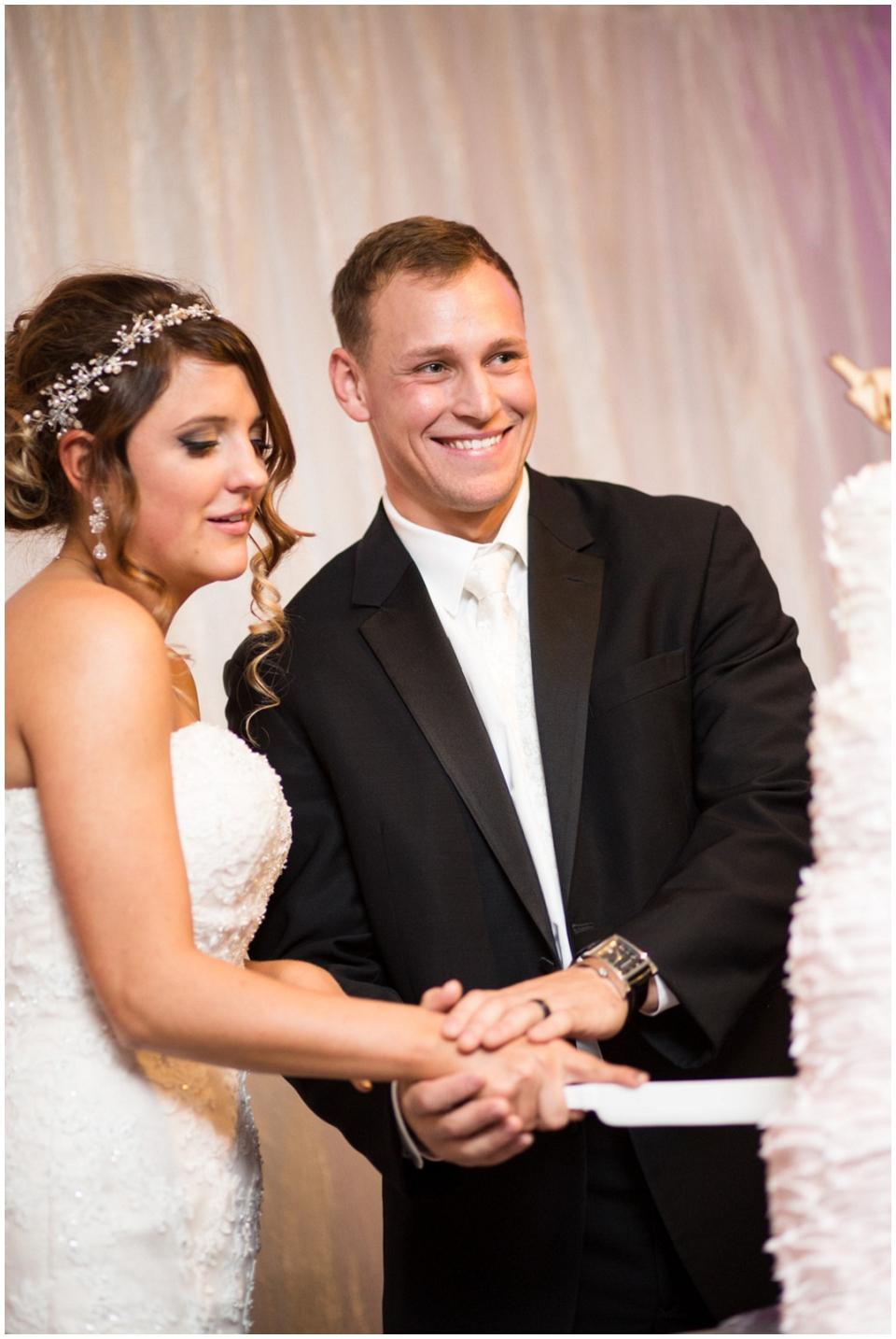MackenzieJordan-Wedding-095.jpg