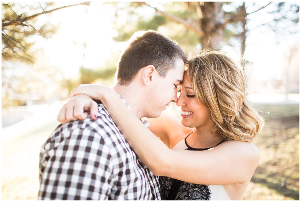 RachelGarrett-Omaha-Engagement-session-013.jpg