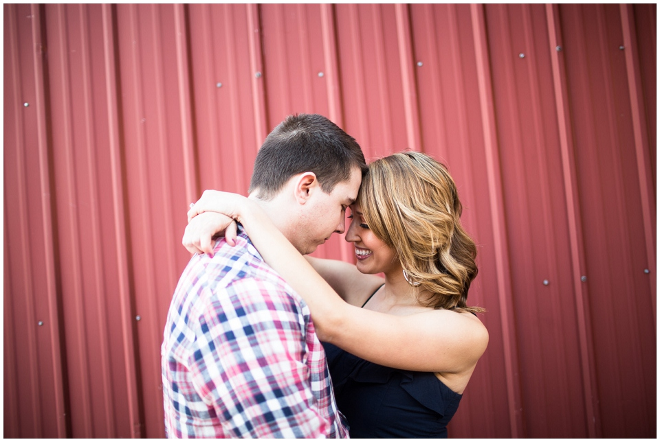 RachelGarrett-Omaha-Engagement-session-019.jpg