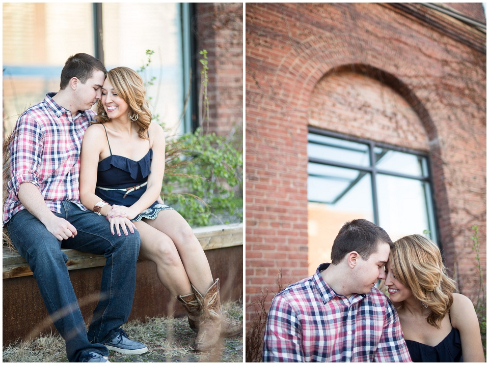 RachelGarrett-Omaha-Engagement-session-021.jpg