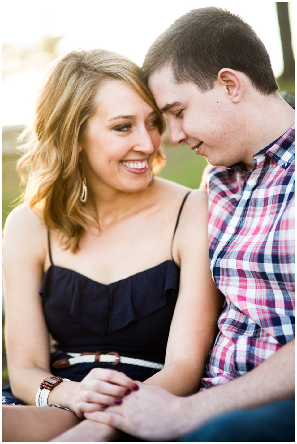 RachelGarrett-Omaha-Engagement-session-028.jpg